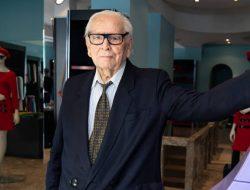 Desainer Pierre Cardin Meninggal Dunia