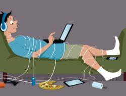 Sisi Buruk Media Sosial Dapat Pengaruhi Kesehatan Mental , Penasaran ?